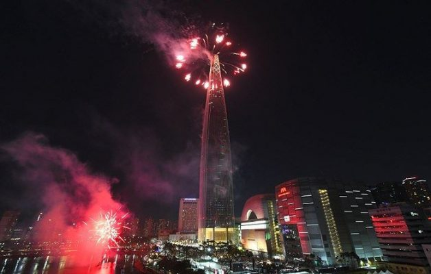 Tòa nhà Lotte World - LOTTE WORLD TOWER 2019 FIREWORKS FESTIVAL
